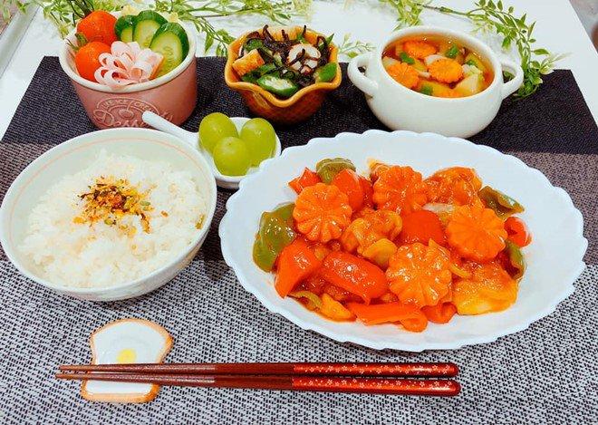 8X nấu ăn tuyệt ngon cho chồng Nhật, hội chị em vào đùa thế này ai còn dám ăn phở-20