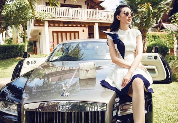 Dàn siêu xe trăm tỷ và hôn nhân đáng ngưỡng mộ của hot girl Việt ở Thái-4