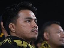 Cổ động viên Malaysia chết lặng trước bàn thắng của Quang Hải