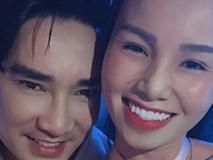 Quang Hà bất ngờ hôn tình tứ cô gái lạ khiến fan xôn xao?