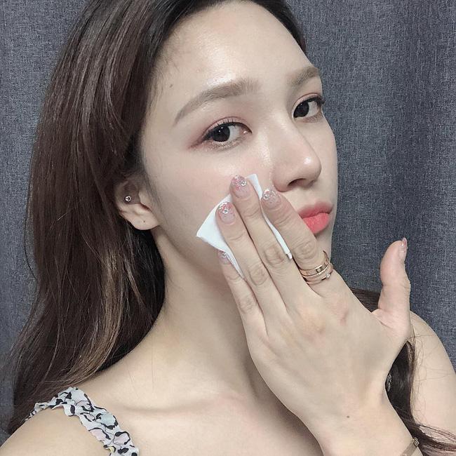 Không makeup thì khỏi cần tẩy trang: Á hậu Thanh Tú sẽ cho bạn biết thói quen này tai hại đến nhường nào-3
