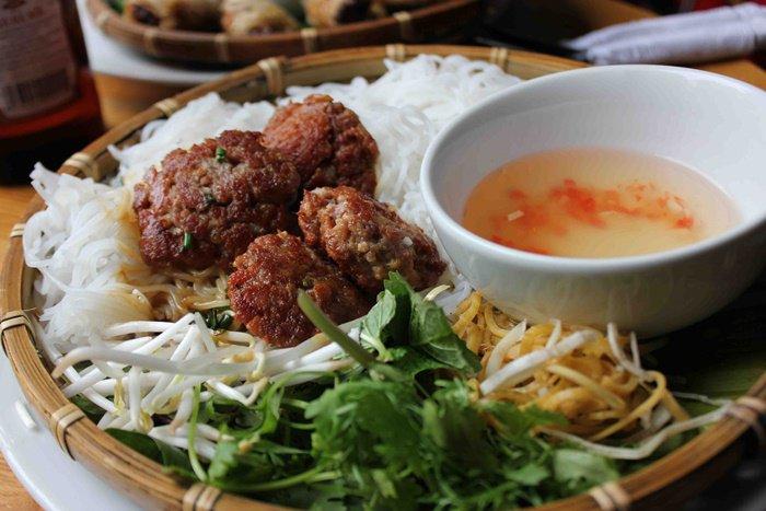 Sở thích ăn uống của các cầu thủ Việt Nam, ngọt ngào nhất là chàng tiền vệ này-11