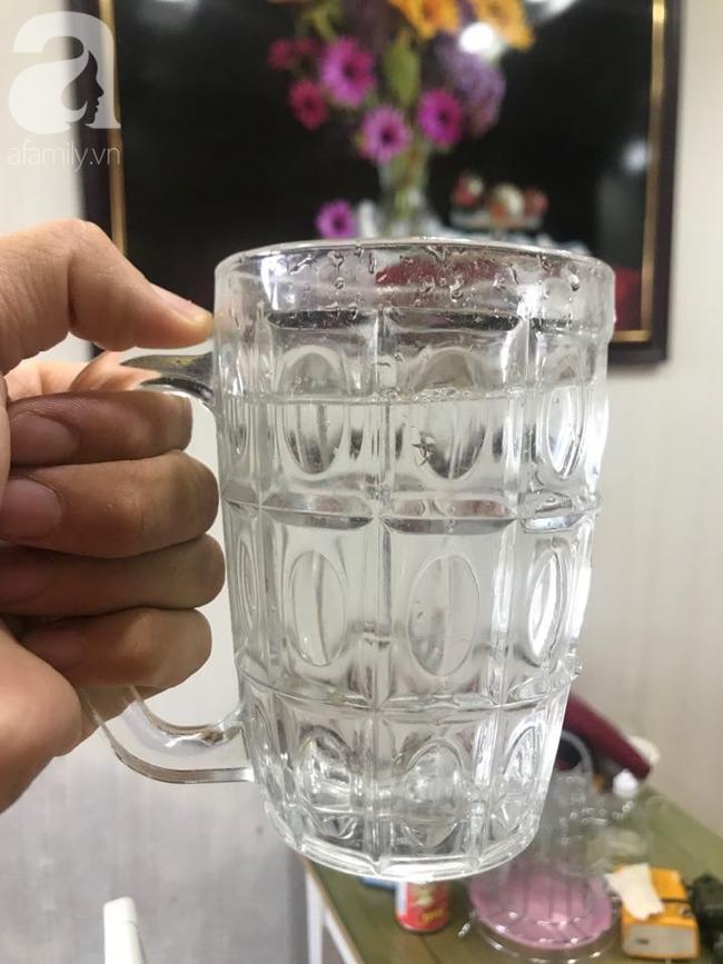 Hà Nội: Người dân kêu trời vì nguồn nước sinh hoạt có mùi lạ, nồng nặc hóa chất không rõ nguyên nhân-5