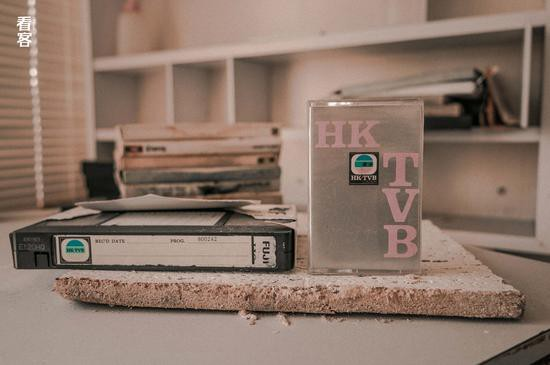 Phim trường cũ TVB bị bỏ hoang: Ngoài ký ức thời hoàng kim còn sót lại là lời đồn về câu chuyện kinh dị cùng cảnh hoang tàn ghê rợn-11