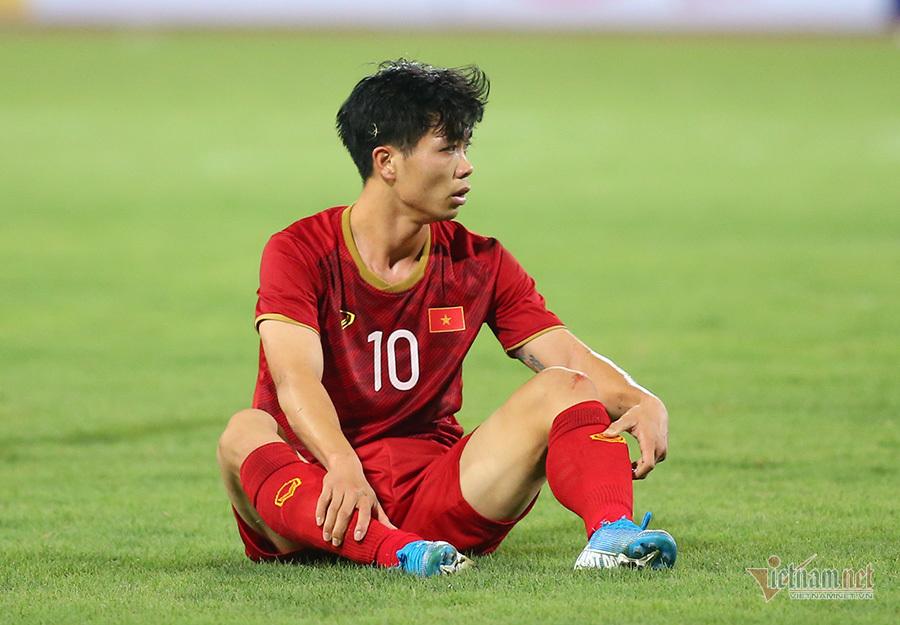 Tuyển Việt Nam: Công Phượng nhạt nhoà, ông Park biết cả đừng lo!-1