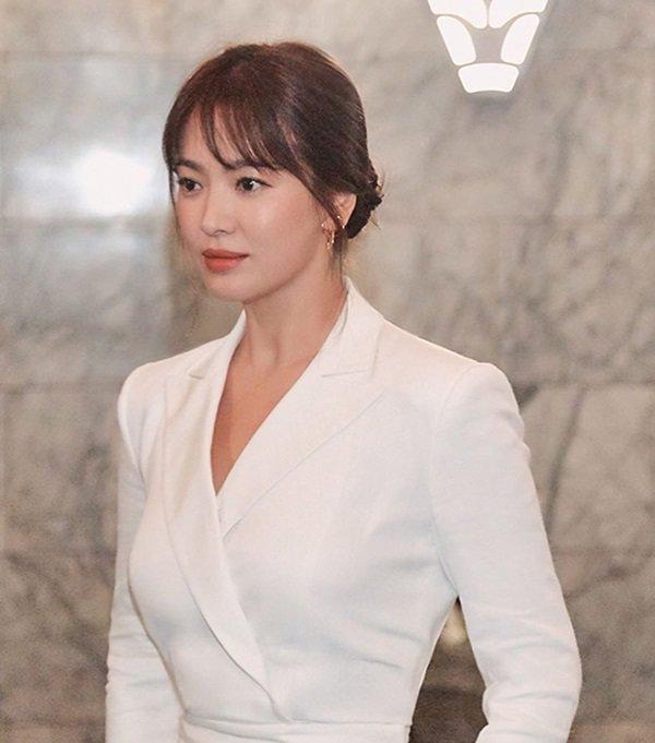 Sau 3 tháng lang bạt bên ngoài hậu ly hôn, Song Hye Kyo cuối cùng cũng chịu về nhà-4