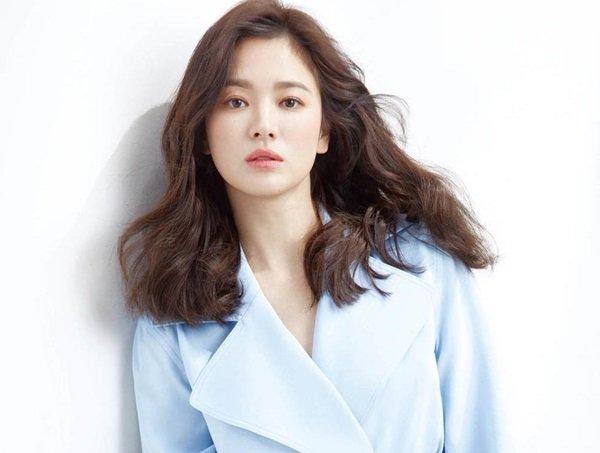 Sau 3 tháng lang bạt bên ngoài hậu ly hôn, Song Hye Kyo cuối cùng cũng chịu về nhà-5