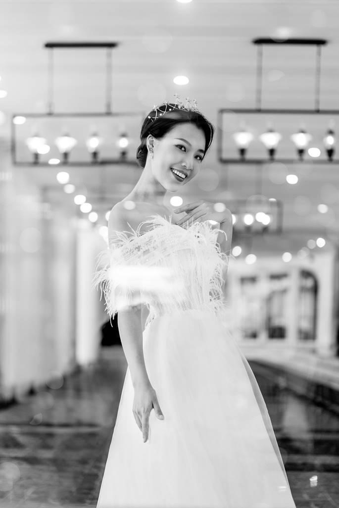 Á hậu Hoàng Oanh diện váy cưới, tiết lộ đám cưới trong mơ-7