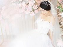 Á hậu Hoàng Oanh diện váy cưới, tiết lộ đám cưới trong mơ