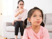 Nói rát cổ mà con vẫn giả vờ điếc, đừng vội đánh mắng vì nguyên nhân sâu xa có thể từ chính bố mẹ