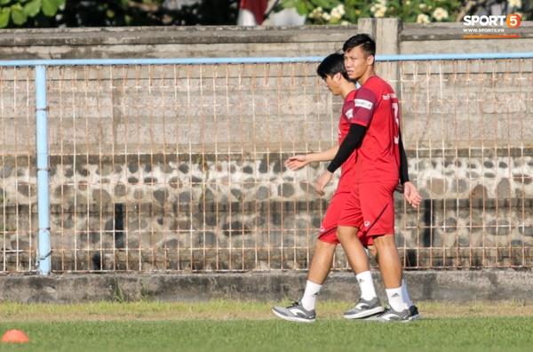 Sau Tuấn Anh, đội trưởng tuyển Việt Nam tiếp tục khiến HLV Park Hang Seo lo lắng-2