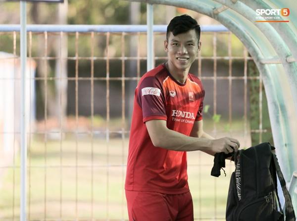 Sau Tuấn Anh, đội trưởng tuyển Việt Nam tiếp tục khiến HLV Park Hang Seo lo lắng-4