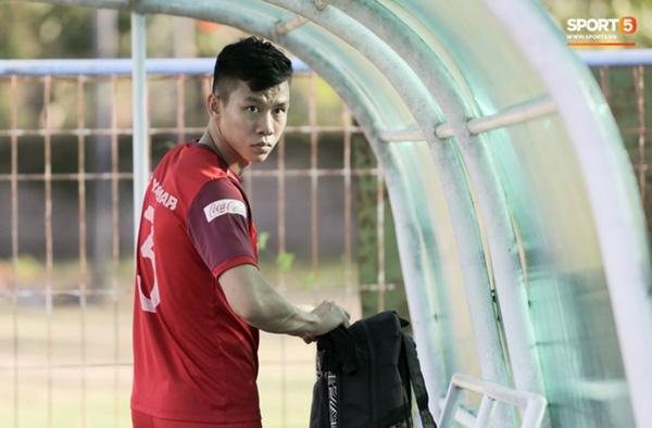 Sau Tuấn Anh, đội trưởng tuyển Việt Nam tiếp tục khiến HLV Park Hang Seo lo lắng-6