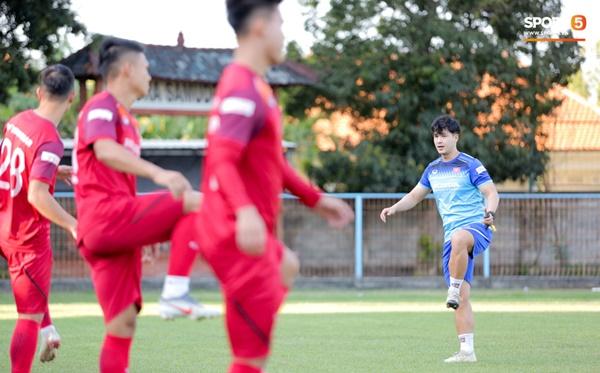 Sau Tuấn Anh, đội trưởng tuyển Việt Nam tiếp tục khiến HLV Park Hang Seo lo lắng-11