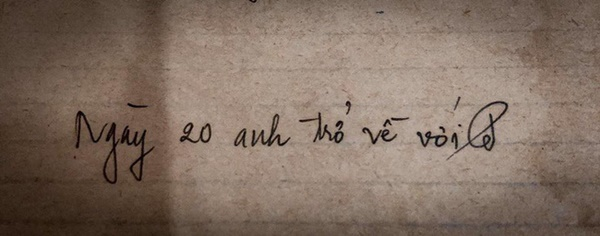 """Tình như đôi vợ chồng bác sĩ - giáo viên 60 tuổi: Con gái khoe"""" nhật ký mùi mẫn bố mẹ yêu nhau từ thuở 16, xa nhau 11 năm vẫn đằng đẵng đợi chờ-5"""