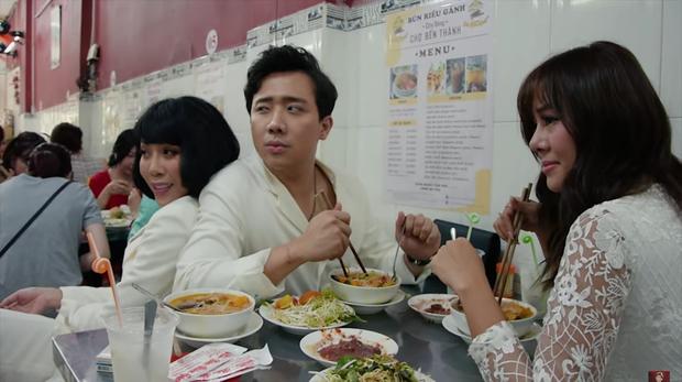 Là MC có thu nhập khủng nhất nhì Việt Nam nhưng Trấn Thành ăn uống lại cực giản dị, toàn rủ bạn bè đi ăn đồ vỉa hè bình dân-3