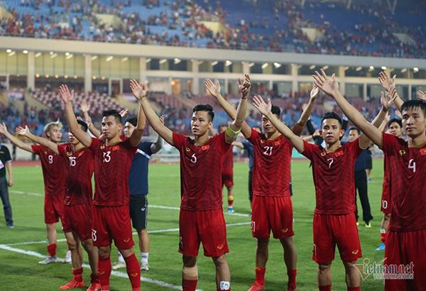 Tuyển Việt Nam đấu Indonesia: Thầy Park, phải khác đi mới được!-1