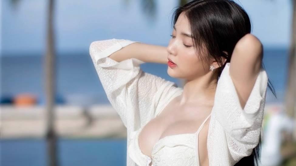 Rơi mác ngoan khi không mặc đồng phục nữ sinh, hot girl Thái Lan gợi cảm tột bậc-2