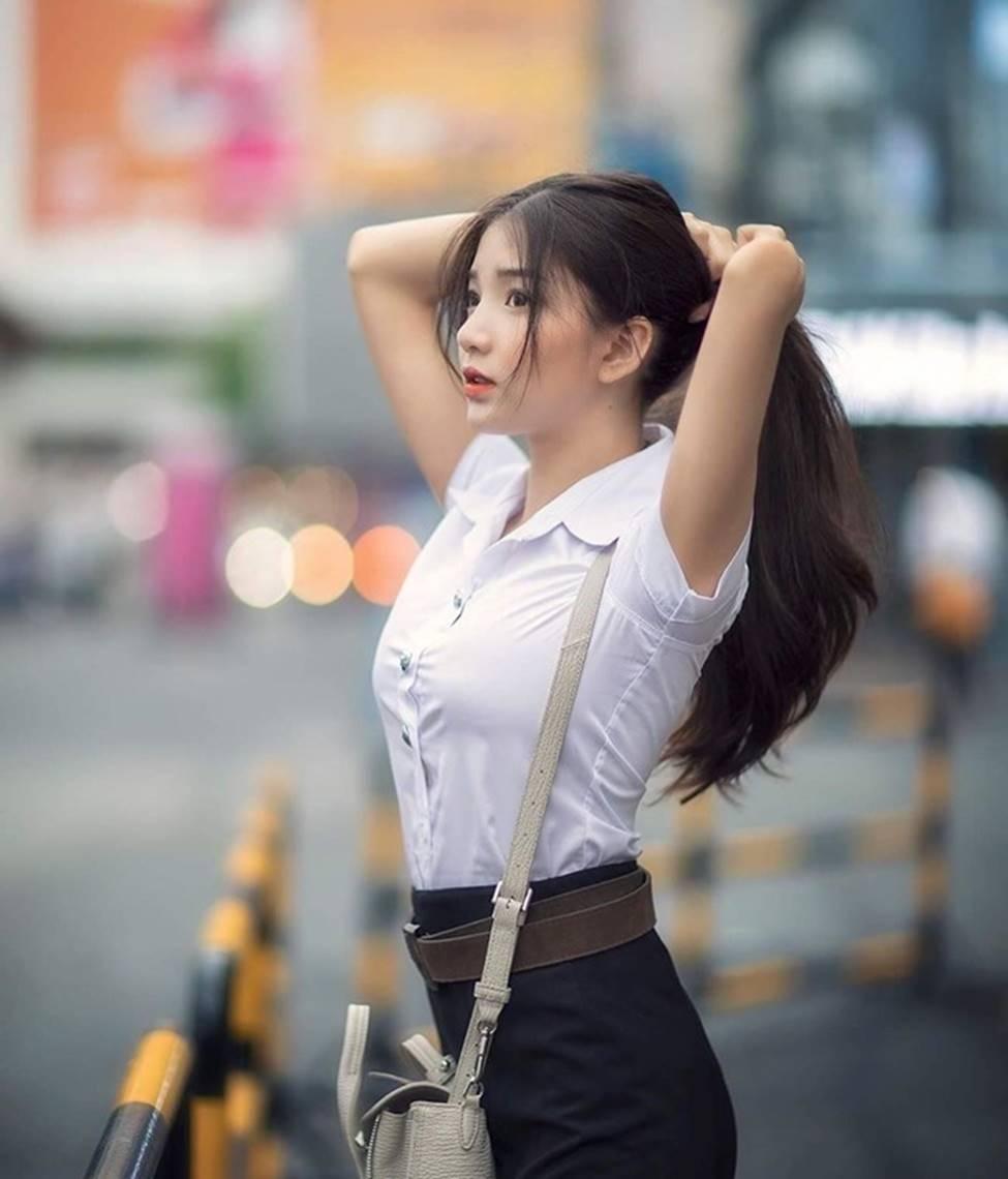 Rơi mác ngoan khi không mặc đồng phục nữ sinh, hot girl Thái Lan gợi cảm tột bậc-4