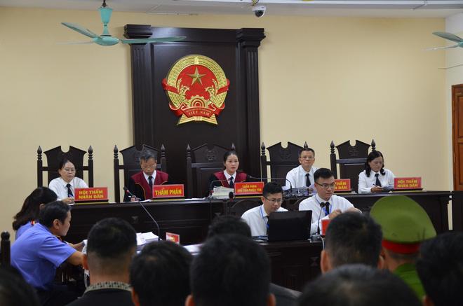 Xử vụ gian lận thi cử ở Hà Giang: Nguyên PGĐ Sở GD nói Anh chỉ sợ con anh trượt tốt nghiệp-2