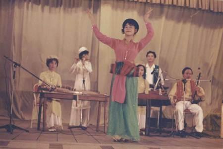 Ảnh cực hiếm của Thu Minh thời son trẻ-4