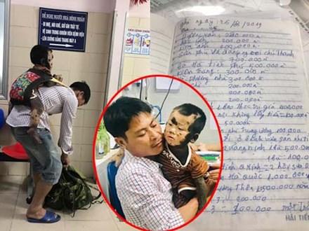 Cuốn sổ 'tạ ơn đời' đặc biệt của ông bố địu con đi khám bệnh sau khi vợ qua đời
