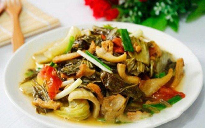 Nhà giàu nhưng Lan Khuê lại cực khoái ăn món nhà nghèo: Tóp mỡ chan cơm!-8