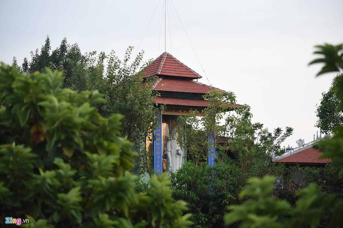 Biệt phủ, trang trại được sư Toàn xây dựng bên cạnh chùa Nga Hoàng-2