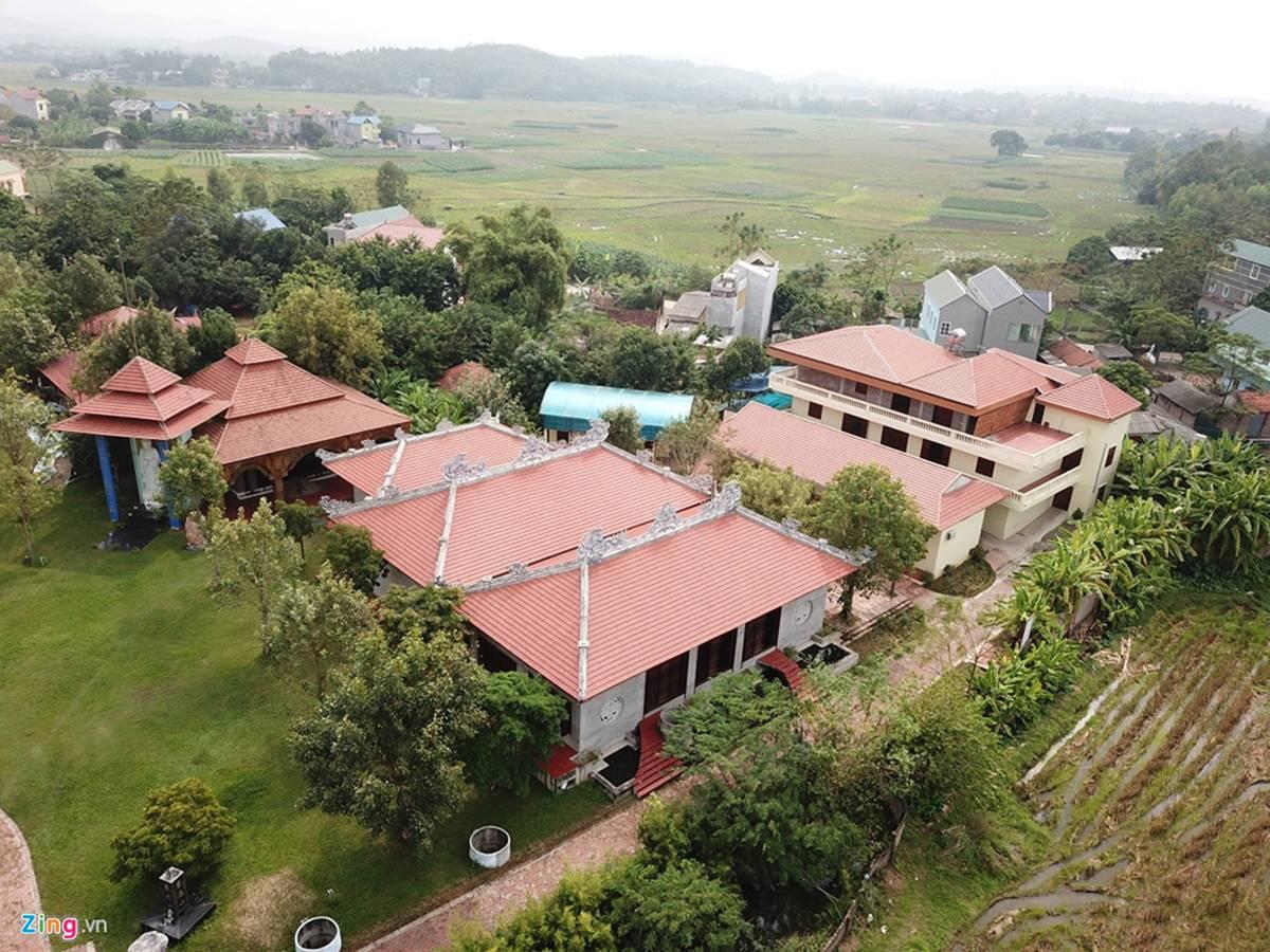 Biệt phủ, trang trại được sư Toàn xây dựng bên cạnh chùa Nga Hoàng-4