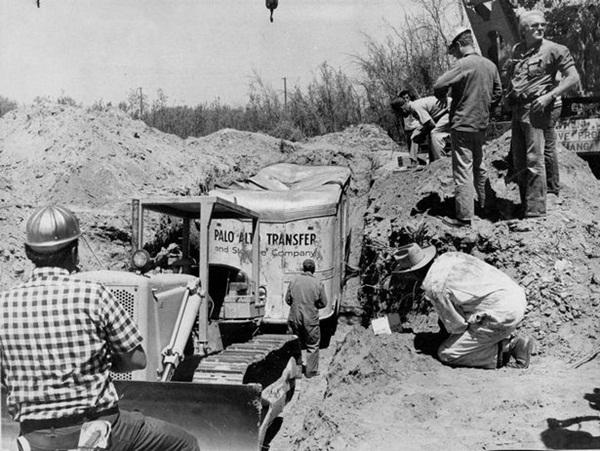 Vụ bắt cóc và chôn sống 26 đứa trẻ hơn 40 năm về trước và ký ức kinh hoàng đeo đuổi những người sống sót đến tận hôm nay-3