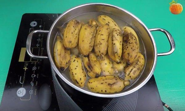 Mua chuối về cho lên bếp, luộc ăn thay cơm, tuần trước 50kg cuối tuần sau chỉ còn 45kg-4