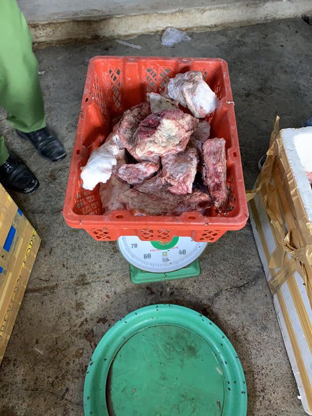 Ớn lạnh: Biến thịt heo nái ôi, nhớt thành thịt bò tươi-5