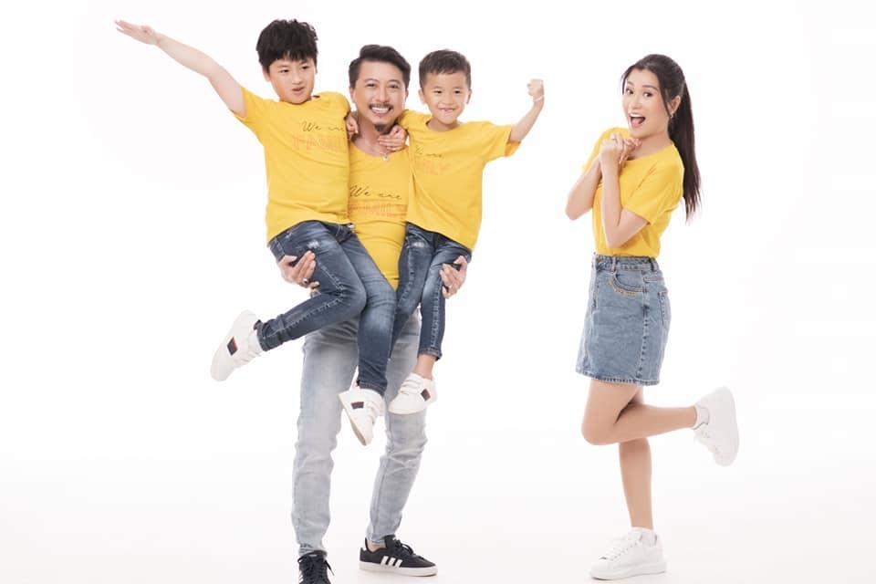 Vợ chồng Hứa Minh Đạt, Lâm Vỹ Dạ khoe hai con trai kháu khỉnh-5