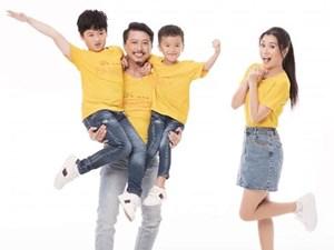 Vợ chồng Hứa Minh Đạt, Lâm Vỹ Dạ khoe hai con trai kháu khỉnh
