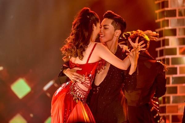 Khánh Thi khoe vòng một nóng bỏng trên sàn nhảy dancesport cùng ông xã-9