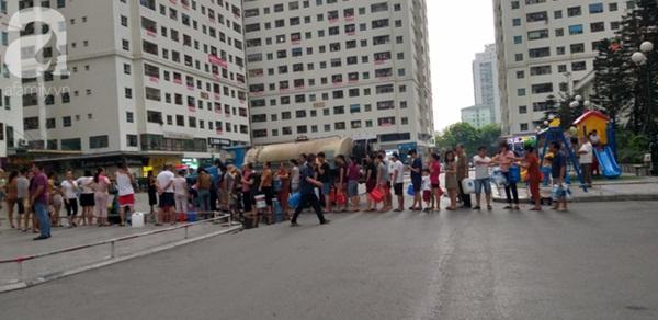Hà Nội: Khuyến cáo người dân không dùng nước có mùi lạ để nấu ăn, nên mua nước bình trong sinh hoạt hằng ngày-1