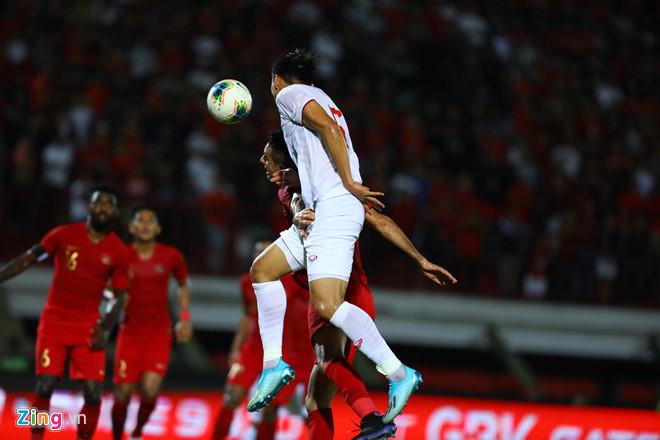 Việt Nam vẫn xếp sau Thái Lan sau trận thắng Indonesia-11