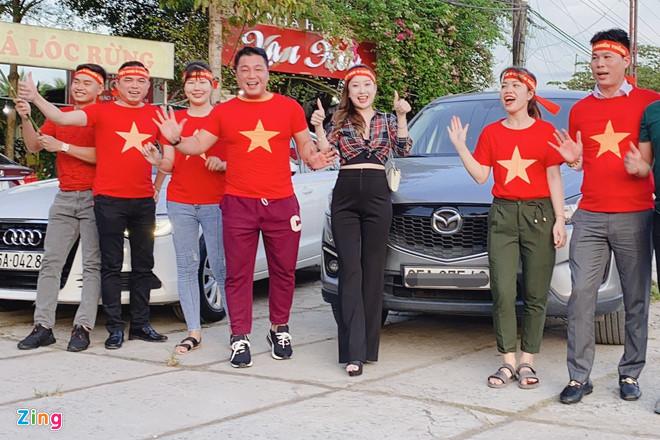 Diễn viên Lý Hùng, Tấn Beo và nhiều nghệ sĩ vỡ òa khi Duy Mạnh ghi bàn-1
