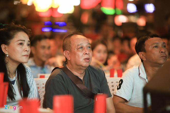 Diễn viên Lý Hùng, Tấn Beo và nhiều nghệ sĩ vỡ òa khi Duy Mạnh ghi bàn-7