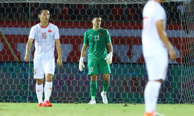 Việt Nam vẫn xếp sau Thái Lan sau trận thắng Indonesia-2