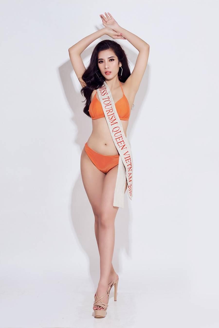 Đại diện Việt Nam tại Hoa hậu Du lịch thế giới 2019 nóng bỏng mắt với bikini-6