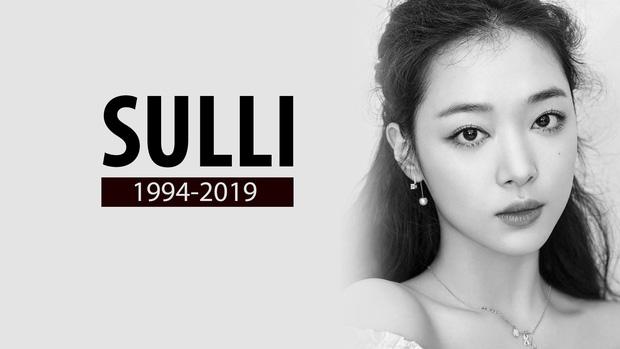 Tang lễ Sulli từ Hàn: Fan khiếm thị một mình đến sớm chờ, Yoo Ah In tiết lộ nghệ sĩ Hàn đã đến viếng từ rạng sáng-1