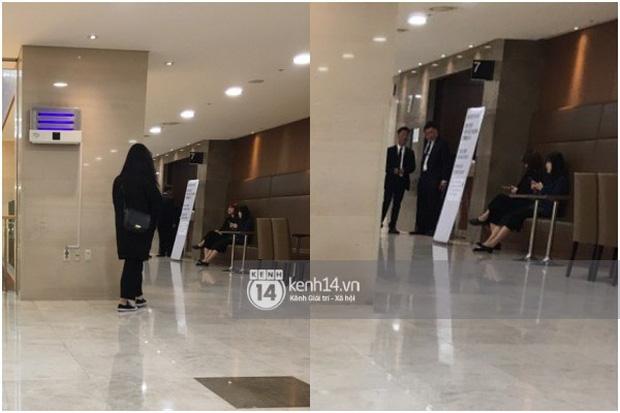 Tang lễ Sulli từ Hàn: Fan khiếm thị một mình đến sớm chờ, Yoo Ah In tiết lộ nghệ sĩ Hàn đã đến viếng từ rạng sáng-17