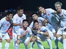 Hành động đặc biệt Duy Mạnh dành cho bạn gái sau trận gặp Indonesia khiến hàng nghìn cô gái ghen tị