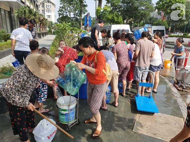 Nhà máy sông Đà tạm ngừng cấp nước sạch, 70 nghìn hộ dân sẽ phải chờ đợi vô thời hạn-2