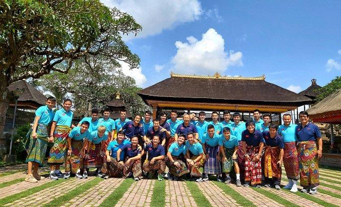 Tuyển Việt Nam dạo chơi Bali, Công Phượng, Văn Hậu trở lại châu Âu-1
