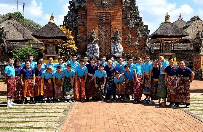 Tuyển Việt Nam dạo chơi Bali, Công Phượng, Văn Hậu trở lại châu Âu-3