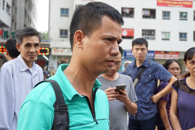 Cư dân chung cư Linh Đàm lo lắng khi nước sạch được cấp miễn phí có mùi tanh, màu lạ-4