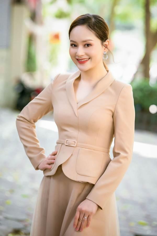 Ngắm nhan sắc 'gái một con của diễn viên Lan Phương-6