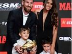 Xúc động với một thập kỉ yêu đương gắn bó của vợ chồng Messi-5